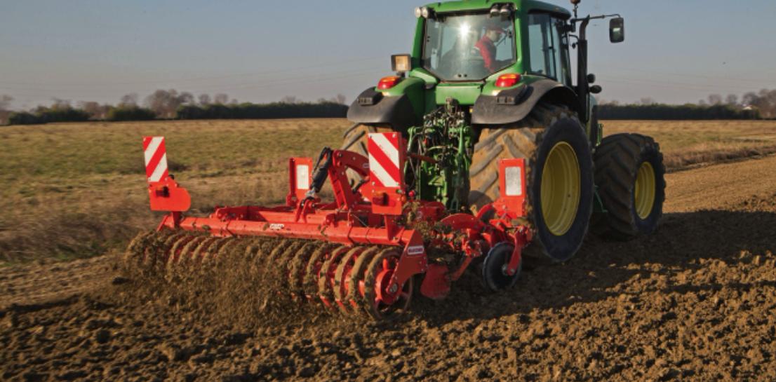 Care sunt utilajele agricole necesare unui fermier aflat la început de drum?